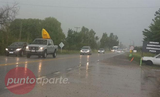 Fuerte temporal de lluvia y granizo en la zona del Comechingones
